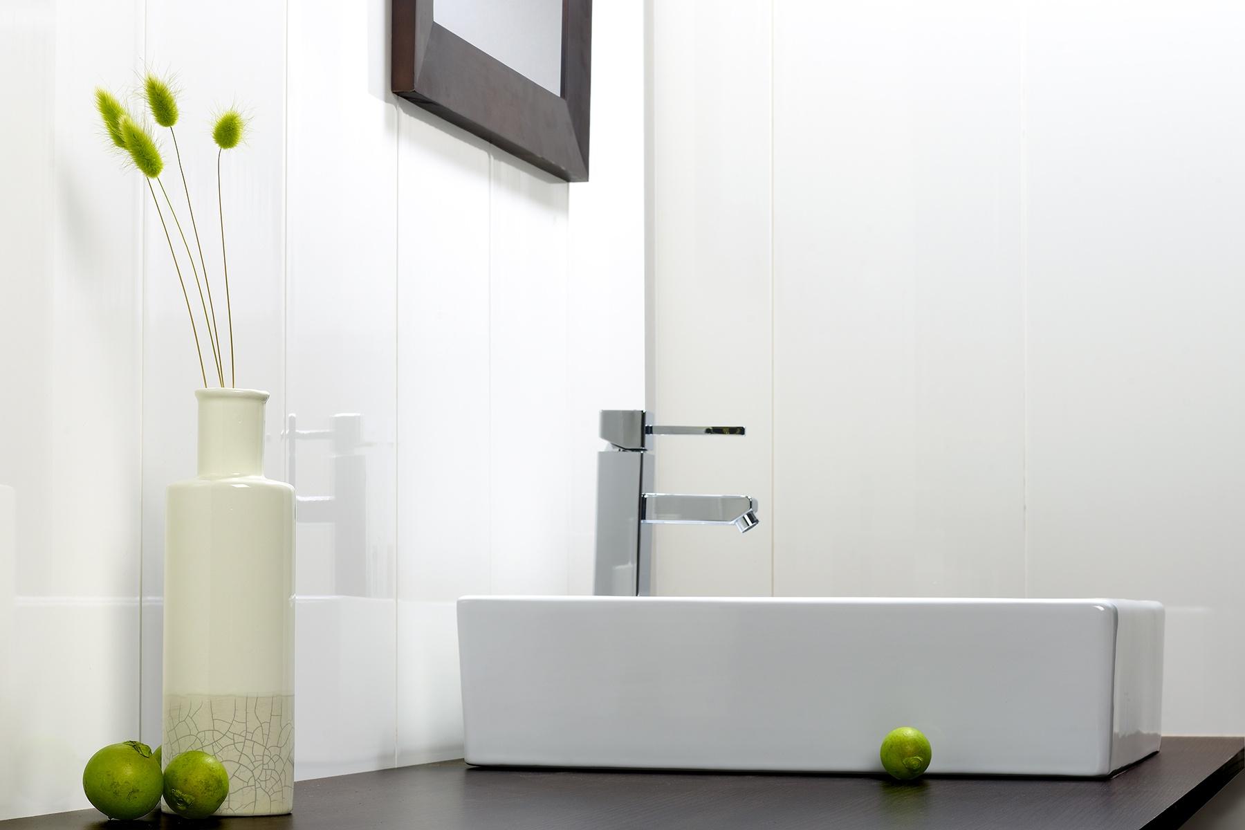Wandpanelen Badkamer Brico : Waterbestendige wandpanelen en plafondpanelen u watervaste wanden